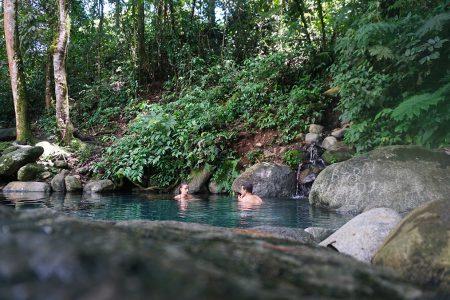 bains thermaux, région San Gerardo de Rivas